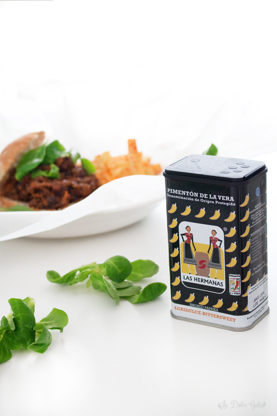 La Dolce Gula - Bocadillo RaboToro Al pimentony chips de yuca 5