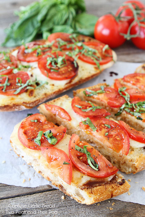 Caprese-Garlic-Bread-12