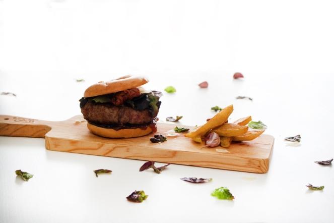 La-Dolce-Gula-Bagel-Burger-6
