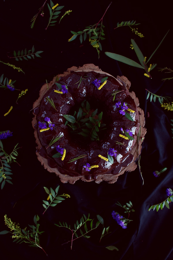 DARK-CHOCOLATE-BUNDT-CAKE
