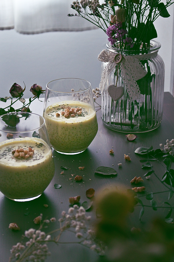 lemon-curd-chia-pudding-7