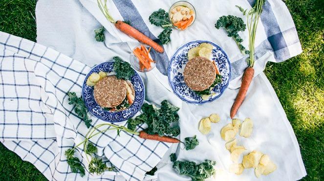 kale-hummus-sandwich-7